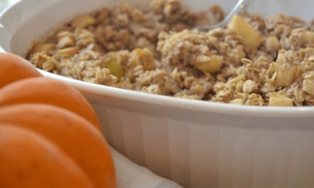 Pumpkin Spice Baked Oatmeal: The Perfect Meal for a Chilly Morning